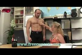 اجمل مقاطع فيديو سكس نساء تمارس الجنس معه الحصان