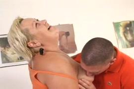 مقاطع فديو سكس اغتصب امه