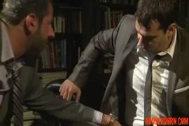 فيديو سكس زباب ضخمة تقذف مني صبيان مراهقين