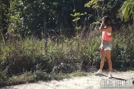 اصغر بنت عربيه تمارس الجنس